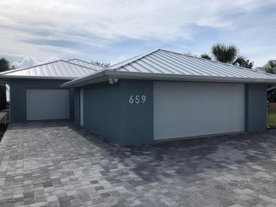 Cocoa Beach Single Family Home For Sale: 659 S Atlantic Avenue