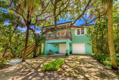 Melbourne Beach FL Single Family Home For Sale: $499,000
