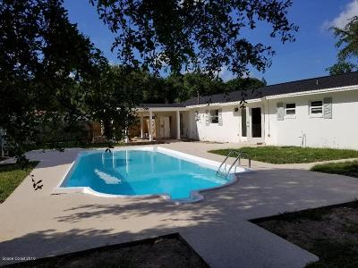 Rockledge Single Family Home For Sale: 36 Madison Circle