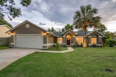 Melbourne Single Family Home For Sale: 2697 Forest Run Drive