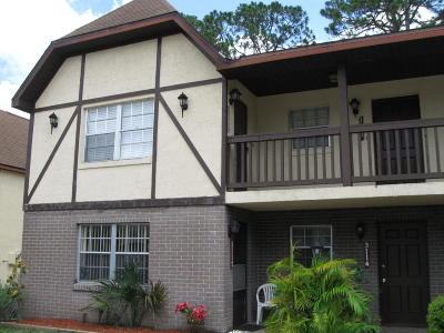 Titusville FL Condo For Sale: $60,000