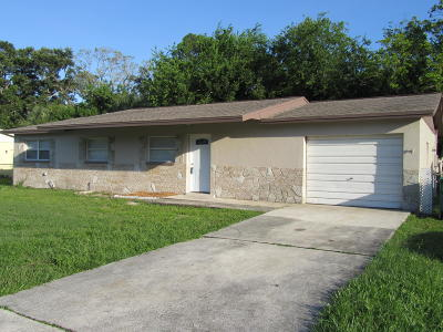 Merritt Island Single Family Home For Sale: 55 Rivercliff Lane