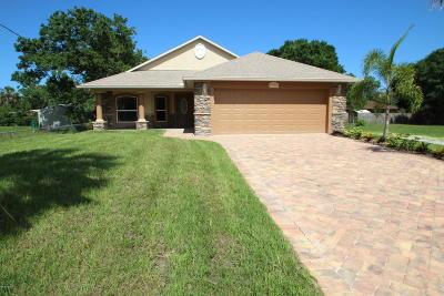 Single Family Home For Sale: 2231 Iowa Street