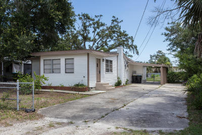 Palm Bay FL Single Family Home For Sale: $142,000