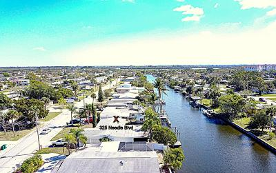Merritt Island Single Family Home For Sale: 325 Needle Boulevard