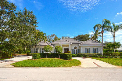 Vero Beach Single Family Home For Sale: 120 Riverway Drive