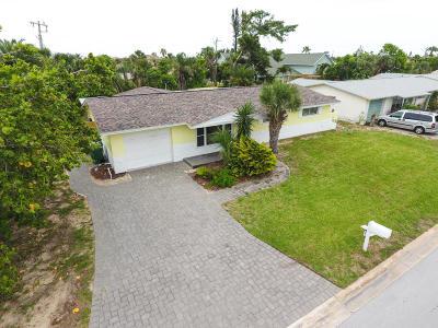 Satellite Beach Single Family Home For Sale: 601 Verbenia Drive