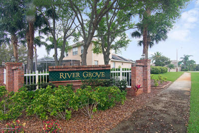 Brevard County Single Family Home For Sale: 2468 Long Sandy Circle