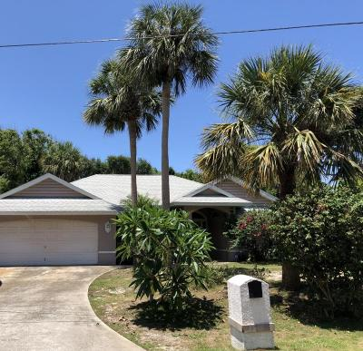Melbourne Beach FL Single Family Home For Sale: $349,900