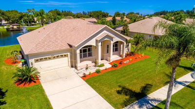 Merritt Island Single Family Home For Sale: 2720 Barrow Drive