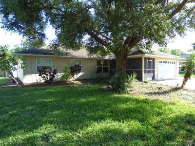Merritt Island Single Family Home For Sale: 575 Banana Boulevard
