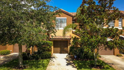 Satellite Beach Townhouse For Sale: 742 Ventura Drive