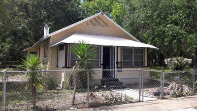Titusville Single Family Home For Sale: 1017 Tropic Street