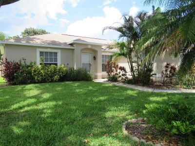 Rockledge Single Family Home For Sale: 826 Saint Michel Drive