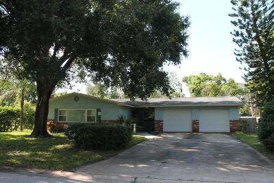 Titusville Single Family Home For Sale: 45 Fairglen Drive
