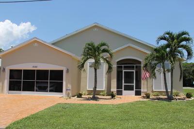 Merritt Island Single Family Home For Sale: 1692 Angel Avenue