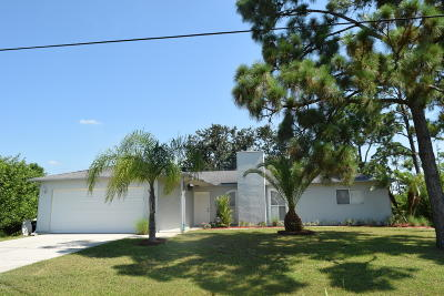 Palm Bay FL Single Family Home For Sale: $179,900