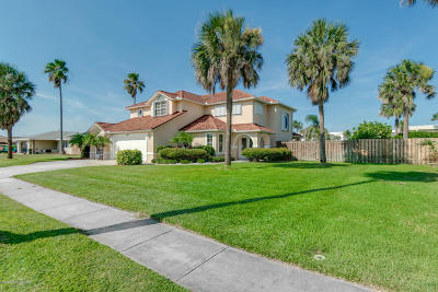 Brevard County Single Family Home For Sale: 2201 Redwood Avenue