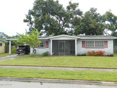 Rockledge Single Family Home For Sale: 1005 Regalia Drive