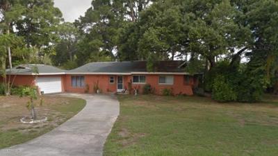 Merritt Island Single Family Home For Sale: 660 Elliot Drive