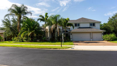 Rockledge Single Family Home For Sale: 4707 Merlot Drive N