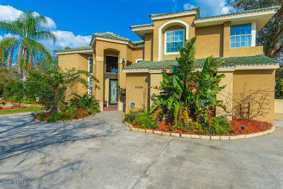 Titusville Single Family Home For Sale: 3806 Rambling Acres Drive