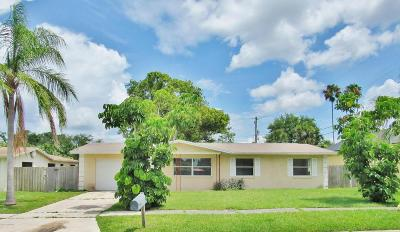 Merritt Island Single Family Home For Sale: 10 Mark Avenue