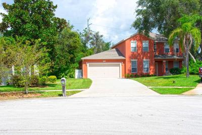 Titusville Single Family Home For Sale: 5860 Hummingbird Court
