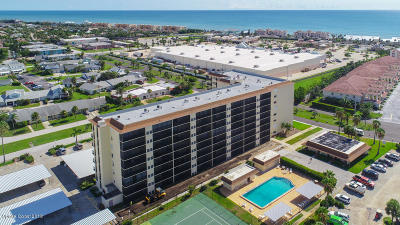 Indian Harbour Beach Condo For Sale: 500 Palm Springs Boulevard #604