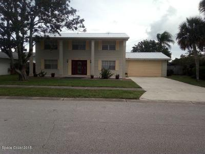 Merritt Island Single Family Home For Sale: 145 Via Havarre