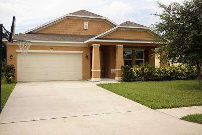 Titusville Single Family Home For Sale: 583 Hollow Glen Drive