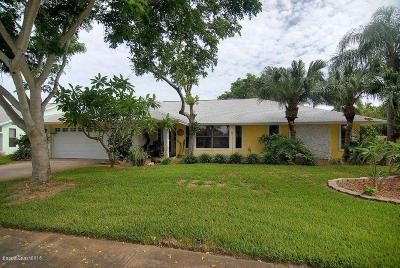 Indian Harbour Beach Single Family Home For Sale: 508 Bay Circle