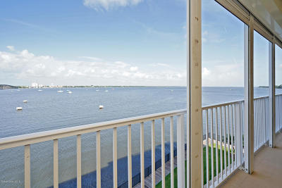 Merritt Island Condo For Sale: 500 Sail Lane #303
