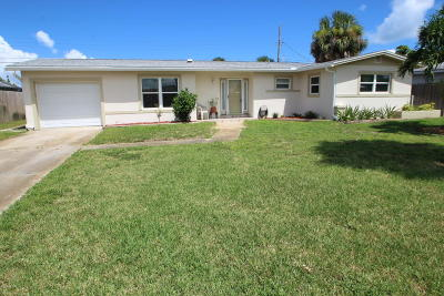Satellite Beach Single Family Home For Sale: 124 Bomarc Lane