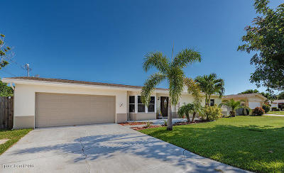 Satellite Beach Single Family Home For Sale: 455 Atlantis Drive
