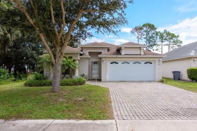 Titusville Single Family Home For Sale: 5513 Reagan Avenue