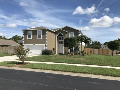 Titusville Single Family Home For Sale: 606 Peachtree Street