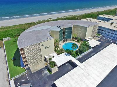 Cocoa Beach Condo For Sale: 4850 Ocean Beach Boulevard #107