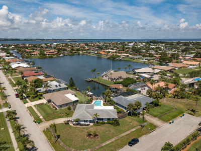 Satellite Beach Single Family Home For Sale: 496 Jolly Roger Drive