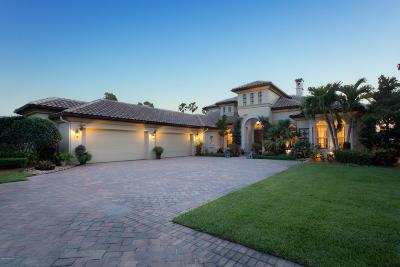 Merritt Island Single Family Home For Sale: 200 Sundance Lane