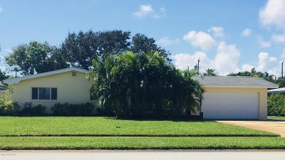 Indian Harbour Beach Single Family Home For Sale: 1105 Pine Tree Drive