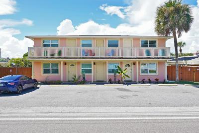 Cocoa Beach Condo For Sale: 6231 Ridgewood Avenue #3