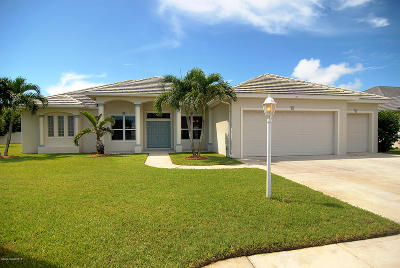 Indian Harbour Beach Single Family Home For Sale: 101 Wakefield Drive