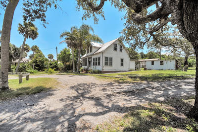 Malabar Multi Family Home Contingent: 1250 S Highway 1