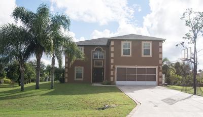 Palm Bay Single Family Home For Sale: 2941 Fiske Road SE