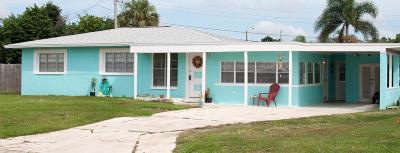 Merritt Island Single Family Home For Sale: 474 Falmouth Avenue