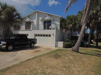 Cape Canaveral Half Duplex For Sale: 526 Jefferson Avenue
