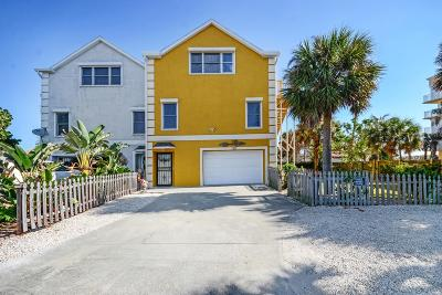 Cape Canaveral Townhouse For Sale: 7914 Aurora Court