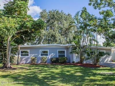 Merritt Island Single Family Home For Sale: 270 Birch Avenue