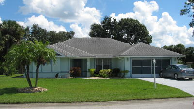 Palm Bay FL Single Family Home For Sale: $325,000
